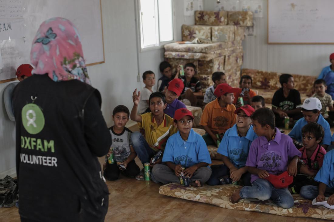 Des cours de prévention et de promotion des mesures d'hygiène données dans un centre communautaire Oxfam au camp de Zaatari en Jordanie ©Sam Tarling/Oxfam